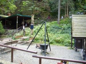 Direkt im Wald befindet sich der Märchengrund in Bad Sachsa, ideal für Kinder.