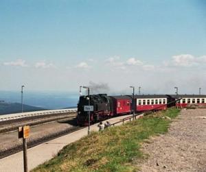 Harzer Brockenbahn mit Volldampf auf den Brocken fahren