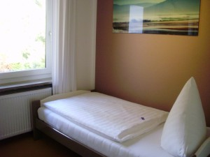 Einzelzimmer7